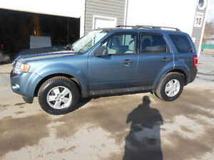 2010 FORD ESCAPE 5 DOOR XLT SUV, ONLY 86000 KILOMETERS