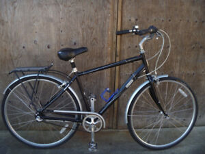 Norco City Glide 3  comfort cruiser