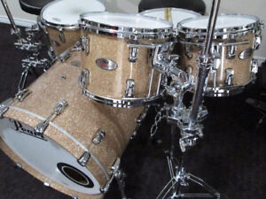 Pearl Reference Drum Kit, Mint Shape, Champagne Glitter Lacquer