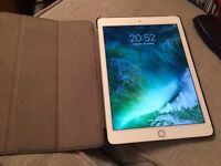 iPad Air 2 16gb wifi good condition with case