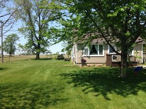 3 bedroom 1 bathroom home on large country lot in blytheswood