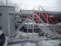 Commercial ladders