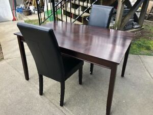Dinning Table with 2 chairs