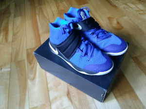 Kyrie 2 size 7