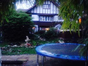 SEPT 1 North Van Revived English Tudor Garden Suite city/Ocean