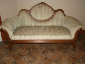 Beautiful Antique lounge chaise : chaise lounge ottawa - Sectionals, Sofas & Couches