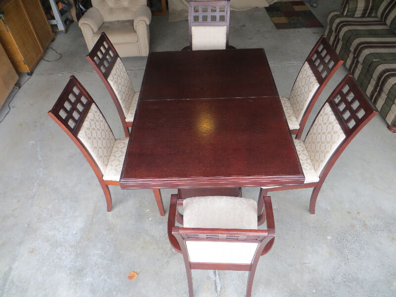 Dining Room Set Dining Tables And Sets Windsor Region Kijiji