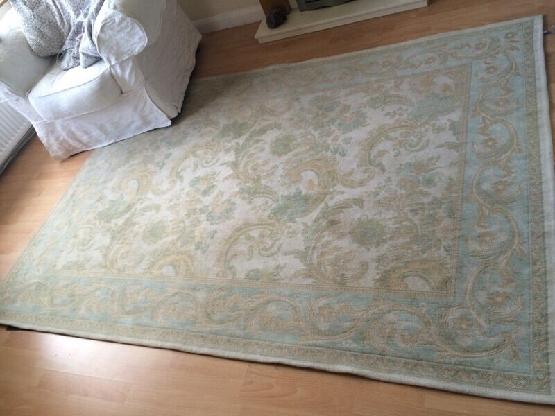 Laura Ashley Rug Home Decor