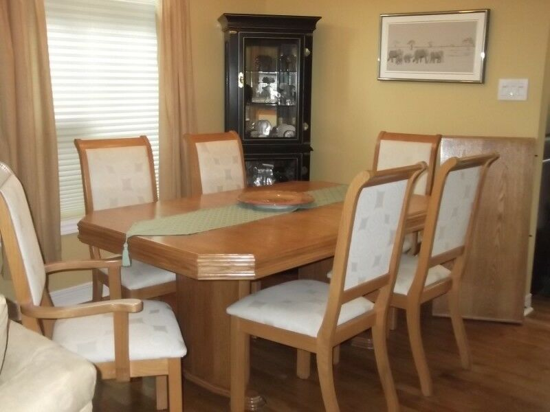 Solid Oak Dining Set | Dining Tables U0026 Sets | Ottawa | Kijiji