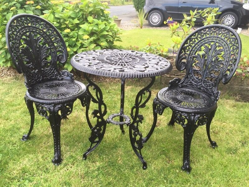 Cast iron table aluminium chairs Garden furniture  in
