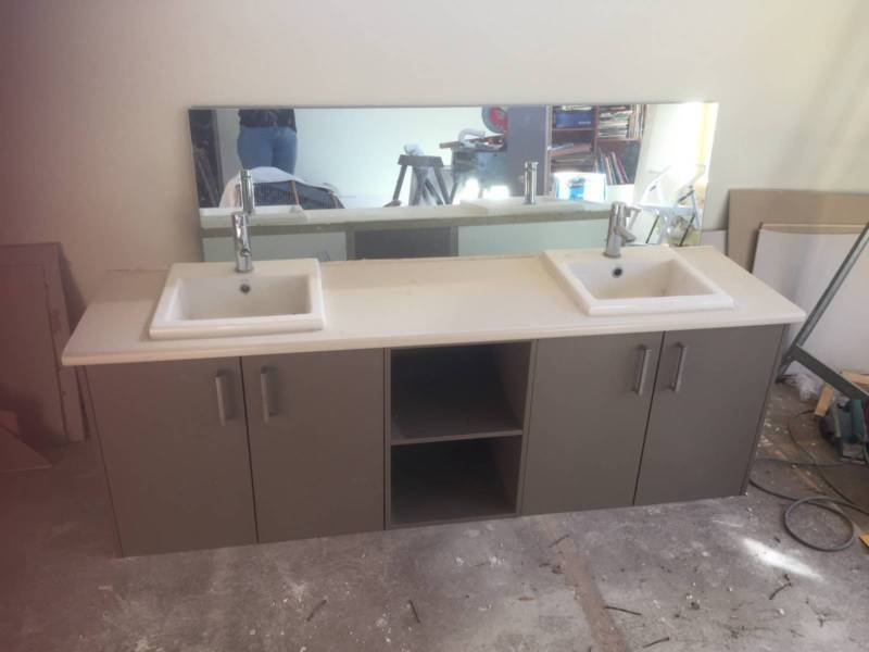 Superbe Vanity Benchtop, Double Sinks And Taps (1870: For 1800 Cabinets ...