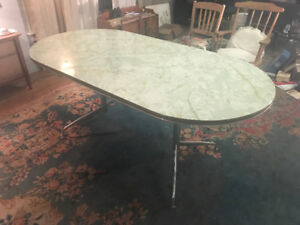 vintage retro 1950 u0027s green kitchen or dining room table retro arborite table   buy or sell dining table  u0026 sets in ontario      rh   kijiji ca