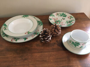 Christmas Dinnerware set of 4 & Dinnerware Sets | Buy or Sell Kitchen u0026 Dining in New Brunswick ...