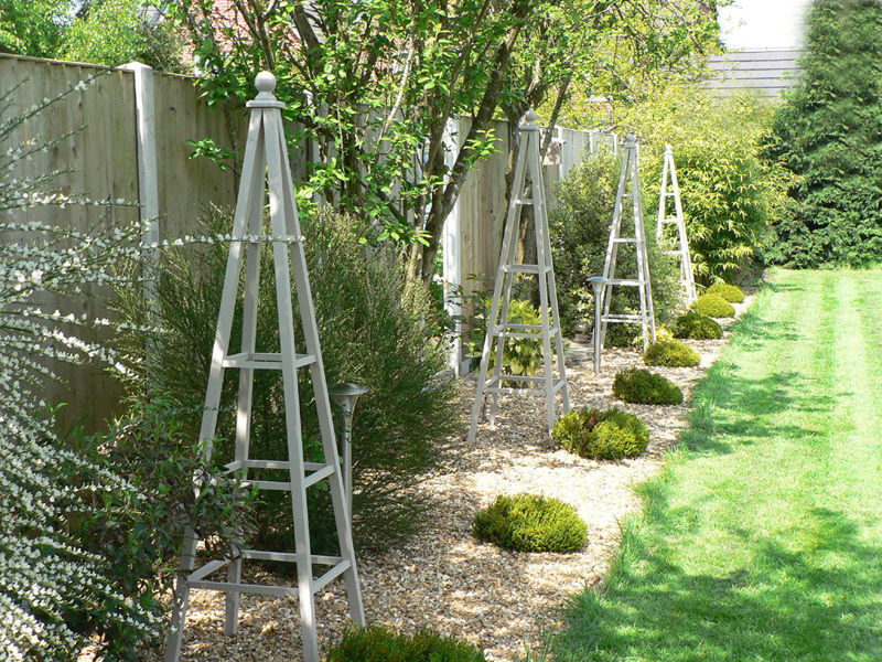 Attractive How To Make A Wooden Obelisk For The Garden