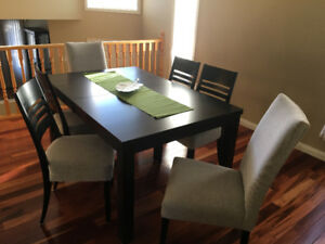 Bermex Dining Table W/6 Chairs
