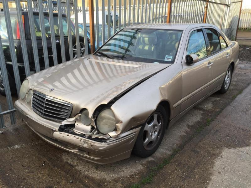 2001 MERCEDES BENZ E320 CDI STARTS U0026 DRIVES DAMAGED SPARES REPAIRS