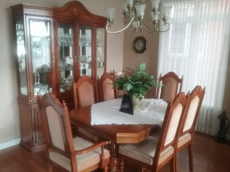 Oak Dining Room Set With 6 Chairs | Dining Tables U0026 Sets | Oshawa / Durham  Region | Kijiji