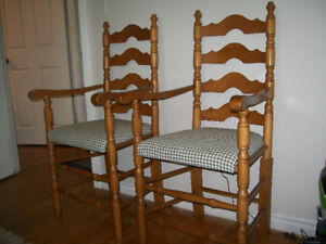 2 UNIQUE KING STYLE CHAIRS WOOD CALL 905 686 7204 AJAX.