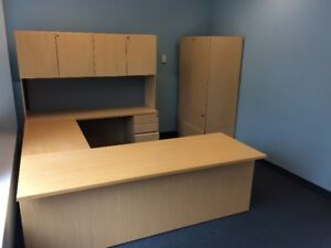Office Furniture Liquidation Sale Exec Desk $350 See Pic