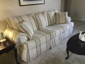 Excellent Quality Sofa U0026 Loveseat FOR SALE