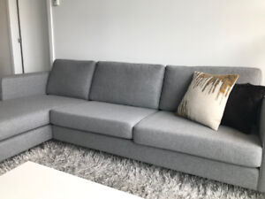 bo concept ini 2 sofa with resting unit   excellent condition buy or sell a couch or futon in vancouver   furniture   kijiji      rh   kijiji ca