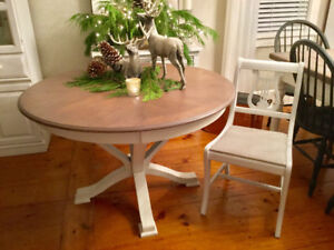 Pottery Barn Style Table/4 Antique Harp Back Chairs Part 34