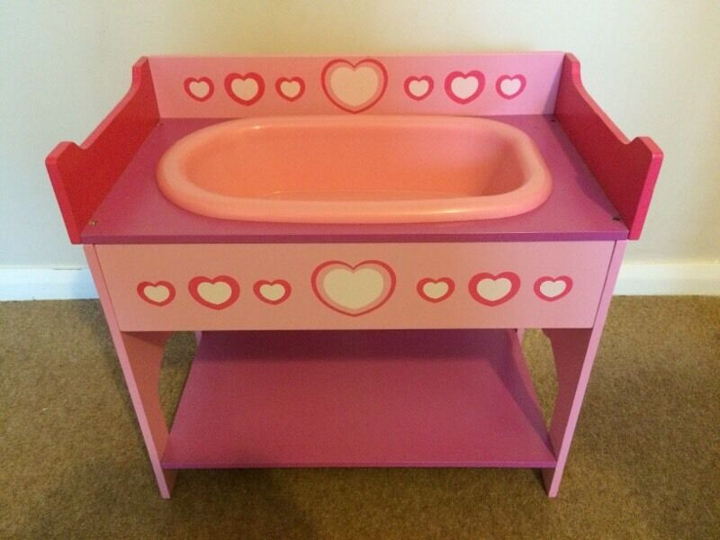 Dollsu0027 World Wooden Baby Doll Bath And Changing Table