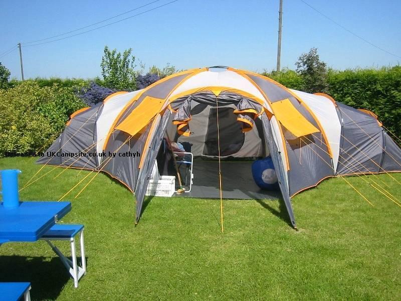Rage tromso 8 man family tent & Rage tromso 8 man family tent | in Hirwaun Rhondda Cynon Taf ...