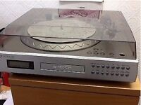 Neostar Turntable,CD/Recorder NTCD1V In Silver - Good condition and price