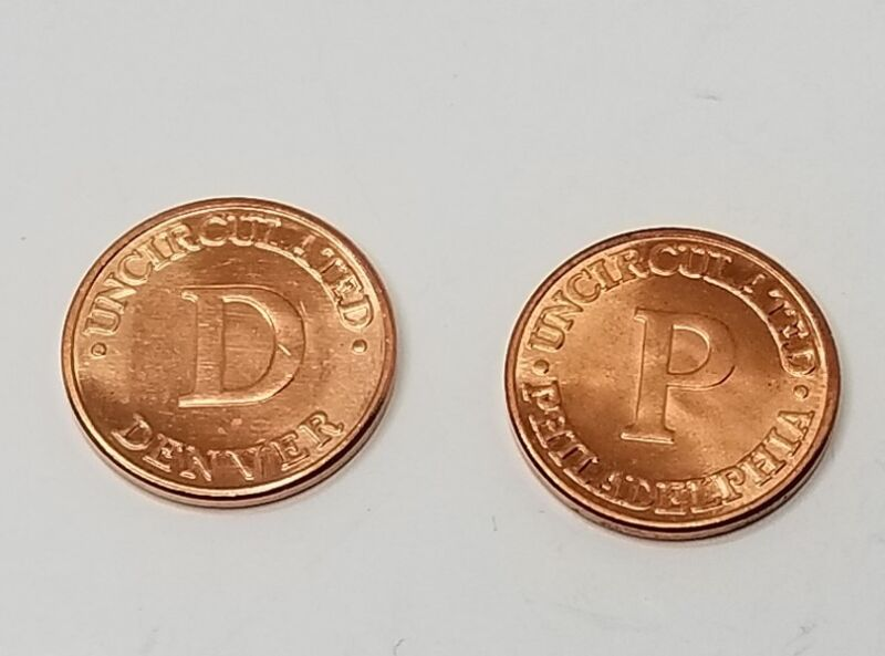 United States Mint Treasury Uncirculated Philadelphia & Denver Penny Medal Coin