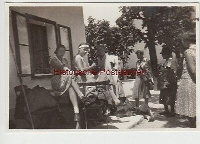 (F12372) Orig. Foto St. Wolfgangsee 1930, junge Damen bei der Abreise