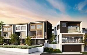 Excusive 2 Bedroom, 2 Bathroom hilltop villas in the centre of th Carrara Gold Coast City Preview