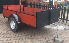 8ft by 4.5 ft trailer
