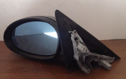Genuine BMW 320i******2008 Left Exterior Mirror. Lansvale Liverpool Area Preview