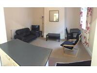 2 bedroom flat in 9 Glebe Avenue