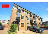 STUNNING 5 BED TOWNHOUSE IN IRONMONGERS E14 CANARY WHARF AVAILABLE NOW DO NOT MISS OUT