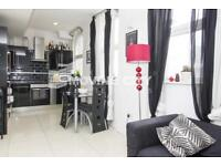2 bedroom flat in Mayfair Apartments, Commercial Street E1