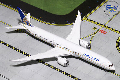 Gemini Jets 1:400 United Airlines Boeing 787-10 Dreamliner GJUAL1785 IN STOCK