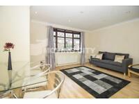 3 bedroom flat in Riverside road, Stratford, E15