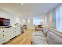 Superb one Bedroom unfurnished flat on Lower Richmond Road in Putney for £370pw SW15 1EX