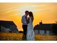 Contemporary Wedding Photographer ~~ Half price in May ~~