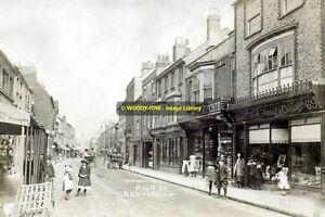 rp13995 - High Street , Newport  ,  Isle of Wight - photo 6x4