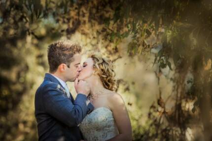 VAIO PHOTOGRAPHY - Wedding, Portrait and Commercial