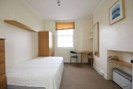 **Lovely Studio Available for rent right Now in Notting Hill**