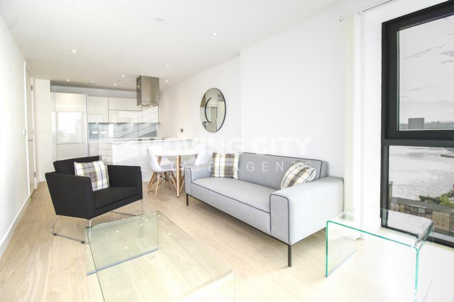 1 bedroom flat in Horizon Tower, Canary Wharf, E14