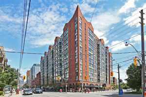 LARGE NEWLY RENOVATED 1 + DEN CONDO FOR LEASE @ KING STREET WEST