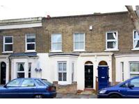 4 bedroom flat in Knapp Road, Bow, E3