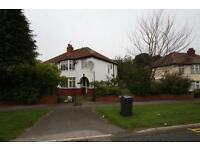 3 bedroom house in Street Lane, Moortown, Leeds LS17