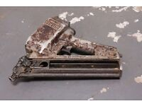 SENCO SFN II Air Nail Gun