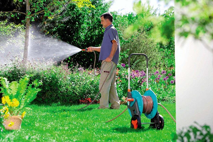 Vom Schlauch bis zur Pumpe: Gardena macht den Garten nass